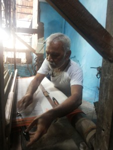 Renowned Weaver Sri Dashrath Bhisikar Weaving a Saree