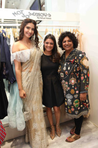 Sonam Kapoor, Pallavi Mohan and Ambika Pillai