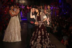 Manish Malhotra 14 with Aishwarya Rai Bachchan